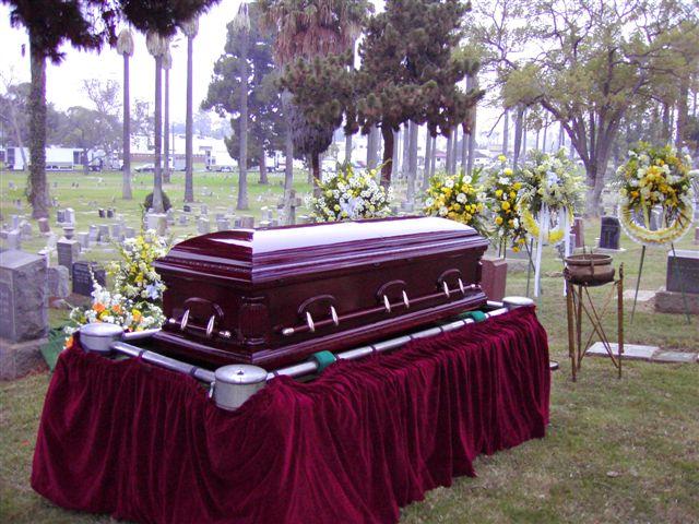10-8-casket-1.jpg